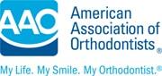 Λογότυπο της Αμερικανικής Ένωσης Ορθοδοντικών της οποίας ο Δρ. Σανούδος είναι μέλος.